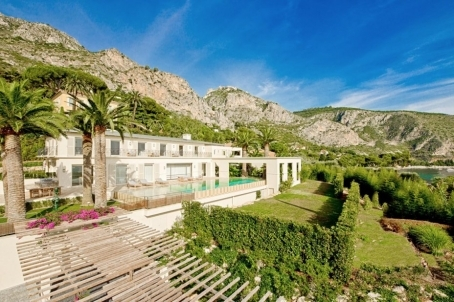 Sensational ownership with 2 pools in Eze - RFC42240620VV